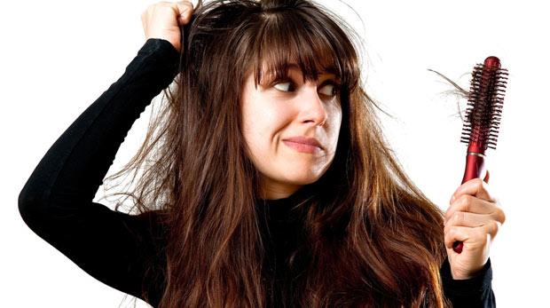 Saç Dökülmelerinin Nedenleri