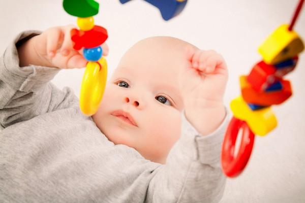 bebek oyuncağı